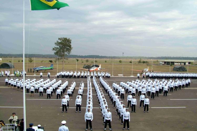 FAB oferece 80 vagas para a Academia da Força Aérea