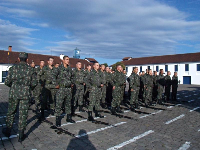 3º Grupo de Artilharia Antiaérea – Concurso de Ordem Unida 2014