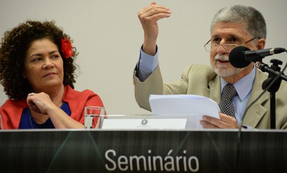 Amorim defende que investimentos em Defesa cheguem a 2% do PIB em 10 anos