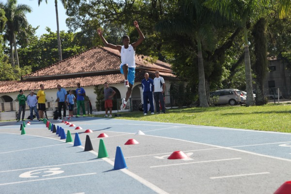 Comissão de Desportos da Aeronáutica apoia atletismo