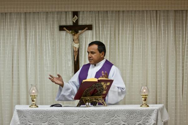FAB abre convocação para capelães católicos