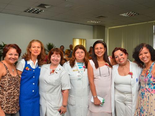 Grupo de Apoio à Paciente Mastectomizada do HNMD comemora o Dia das Mães