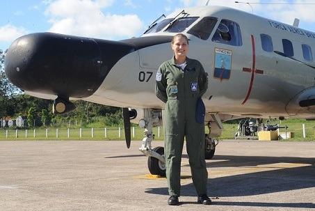Sargento é primeira mulher a exercer função de Operador Radar do Esquadrão Phoenix