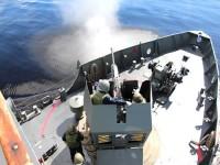 """Primeiro disparo do NPaFlu """"Roraima"""" durante Tiro de Homologação do canhão de 40mm"""