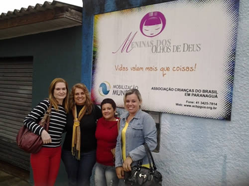 """Voluntárias """"Cisne Branco"""" – Seccional Rio Grande realizam doação de Leite"""