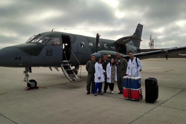 Esquadrão da FAB transporta órgãos para transplante