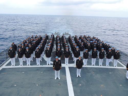 Força-Tarefa Marítima realiza cerimônia alusiva à Batalha Naval do Riachuelo no mar
