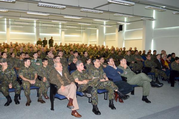 Missão de Paz no Haiti é tema de palestra no Quarto Comando Aéreo Regional