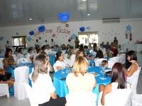 Voluntárias reunidas no salão do clube