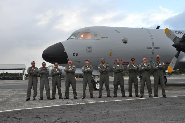 Brasileira recebe seu ultimo P-3AM  2
