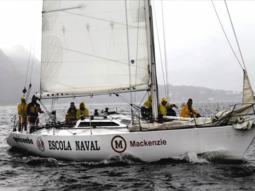 Escola Naval conquista 1º lugar no XVII Circuito Oceânico de Niterói