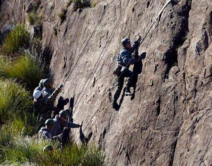 Academia Militar das Agulhas Negras conduziu o Estágio Básico do Combatente de Montanha
