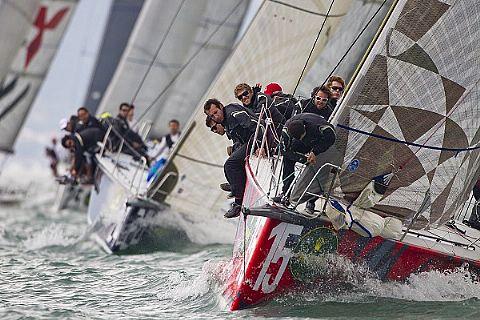 Marinha do Brasil marca presença na 41ª Ilhabela Sailing Week