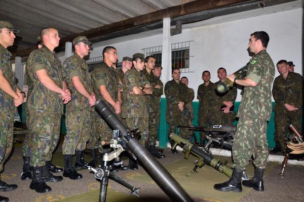 Aeronáutica prepara oitavo pelotão de infantaria para missão de paz