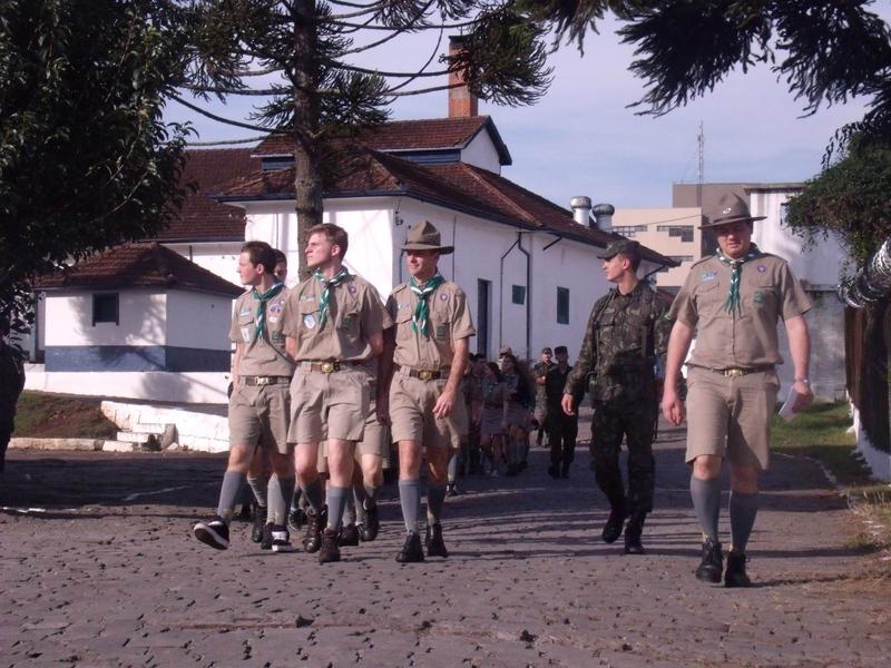 """3º Grupo de Artilharia Antiaérea – Visita do Grupo de Escoteiros """"Tabajara"""""""