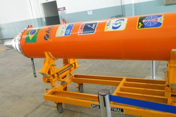 Brasil lanCarA foguete 1