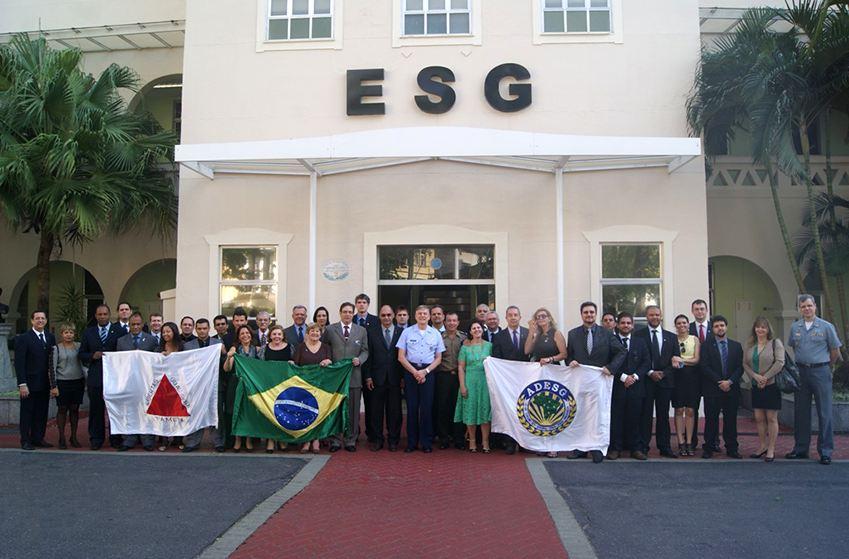 Comitiva da ADESG-MG Visita a Escola Superior de Guerra