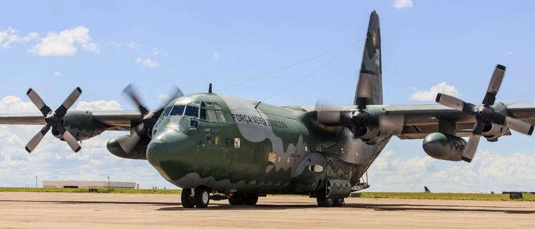 FAB emprega novas técnicas de aviação de transporte em operação no MS