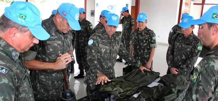 Militares brasileiros participam 2