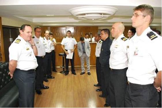 Militares do setor Operativo participam de Curso de Licitações para Iniciantes na Esquadra