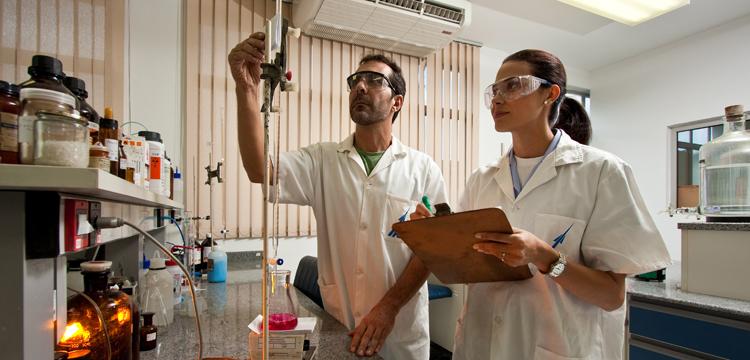 Ministérios da Defesa e da Ciência e Tecnologia firmam parceria para fortalecimento da indústria