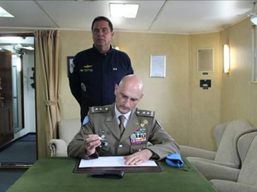 Primeira visita do Comandante de Força da UNIFIL ao Navio Capitânia da Força-Tarefa Marítima