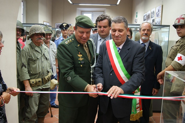 AditAncia do ExErcito na ItAlia 4