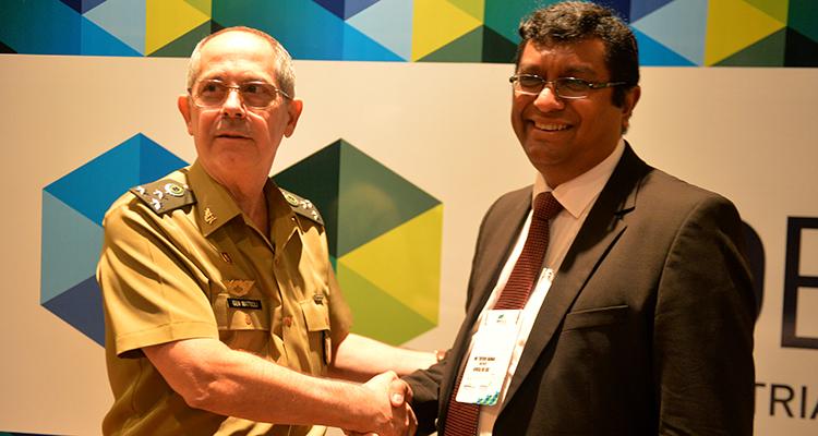 Brasil e África do Sul vão unir bases industriais de Defesa para ter maior competitividade no mercado internacional