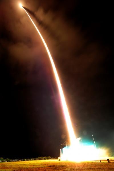 Brasil lanCa com sucesso primeiro foguete 2