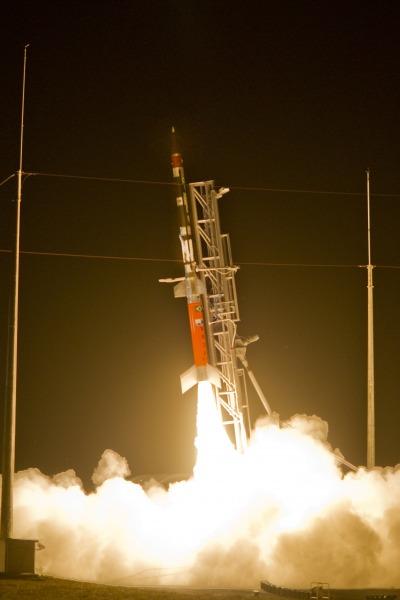 Brasil lanCa com sucesso primeiro foguete 3
