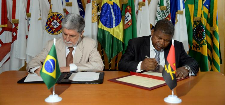 Brasil vai apoiar desenvolvimento do Poder Naval de Angola 1