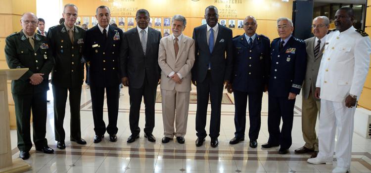 Brasil vai apoiar desenvolvimento do Poder Naval de Angola 2