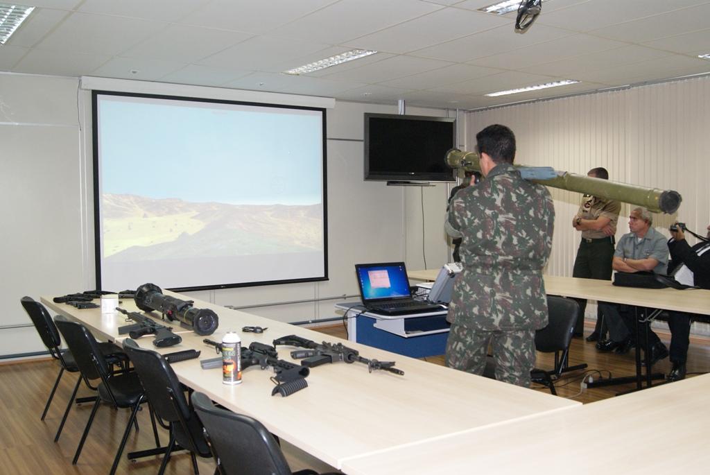 CADSUL Visita o Centro Tecnologico do Exercito 6