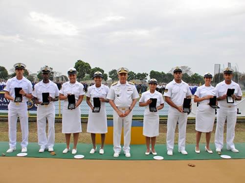 Comandante da Marinha prestigiou atletas de alto rendimento