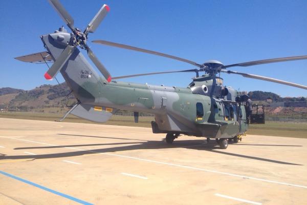 Esquadrão Falcão recebe 4ª unidade do helicóptero H-36 Caracal