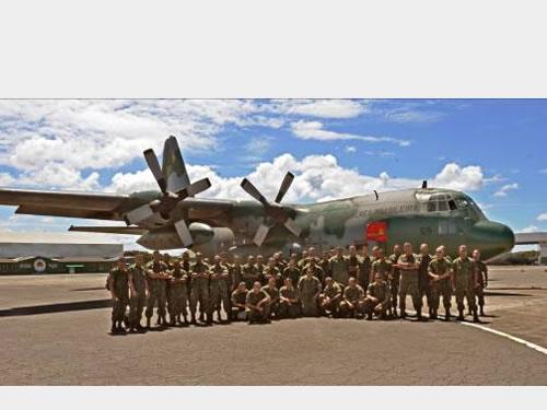 Grupamento de Fuzileiros Navais de Salvador participa de operação no Complexo da Maré