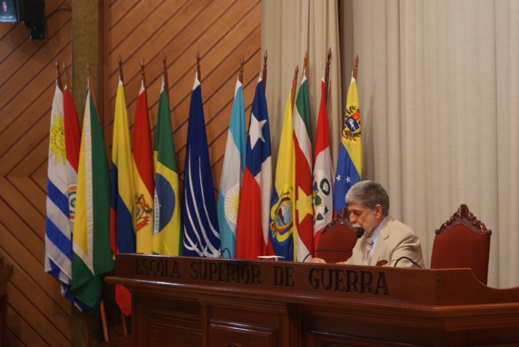 Ministro da Defesa Profere Aula Inaugural do Curso Avançado de Defesa Sul-Americano