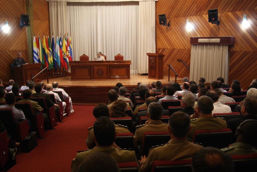 Ministro da Defesa Profere Aula Inaugural 3