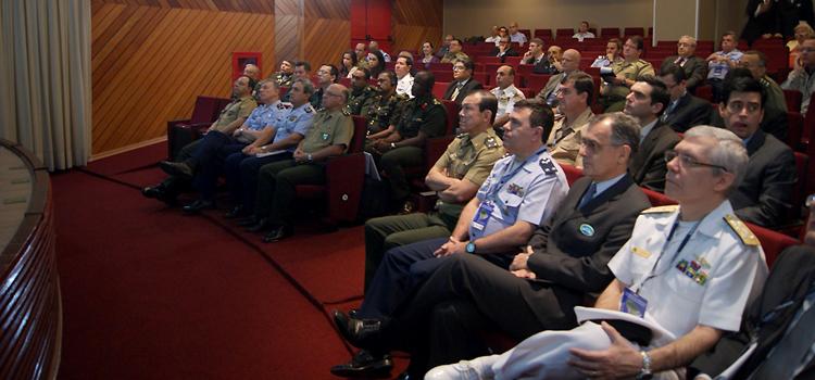 Países sul-americanos vão compartilhar informações sobre logística e mobilização