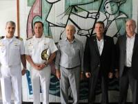 Visita da comitiva ao Hospital Naval de Recife