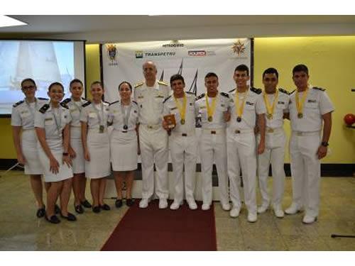 Centro de Instrução Almirante Graça Aranha premia vencedores da XLII Regata a Vela CIAGA
