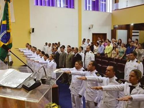 Centro de Instrução Almirante Wandenkolk realiza Cerimônia de Juramento à Bandeira dos Oficiais RM2