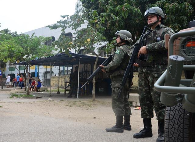 Força de Pacificação no Complexo da Maré – 2º turno das eleições no Complexo da Maré