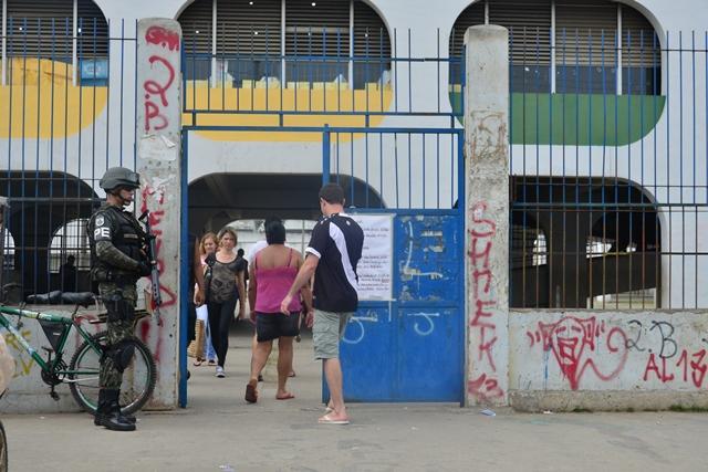 ForCa de PacificaCAo no Complexo 3