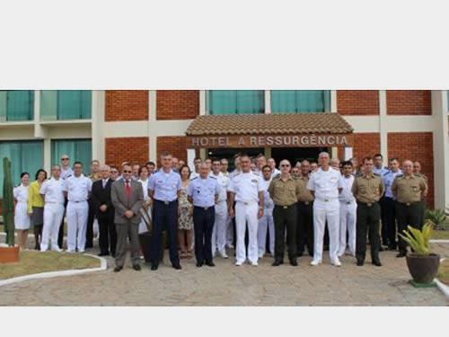 Instituto de Estudos do Mar Almirante Paulo Moreira sedia reunião do Ministério da Defesa