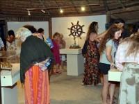 Visitantes prestigiam a exposição