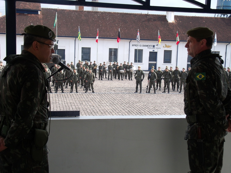 Chegada da Comitiva da 1ª Brigada de Artilharia Antiaérea e visita de Inspeção da IIQ