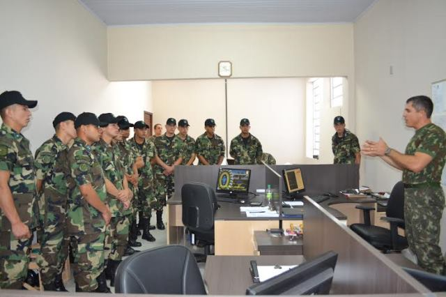 3ª Divisão de Exército – Visita de militares do Paraguai