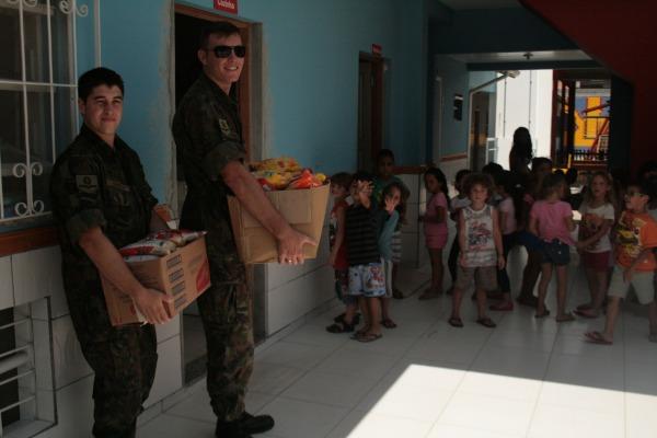 Base Aerea de Florianopolis doa 2t de alimentos 2