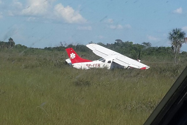 FAB resgata cinco sobreviventes de acidente aéreo em Roraima